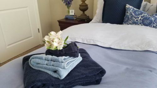 One way I like to arrange guest towels